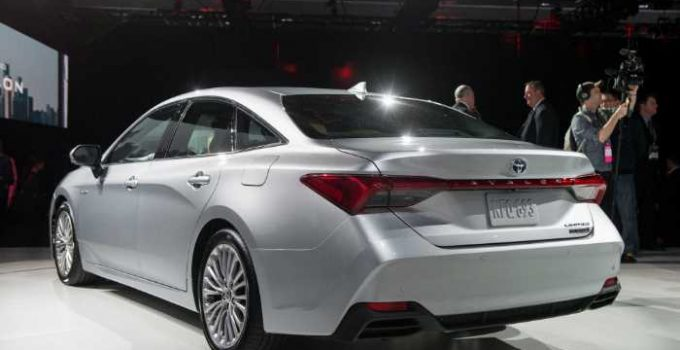 New Toyota Avalon 2022 Interior, Changes, Colors